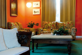 Hoteles rurales de Casonas Asturianas: salón del hotel Casa Roja