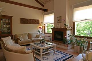 Hoteles rurales de Casonas Asturianas: salón del hotel Arpa de Hierba