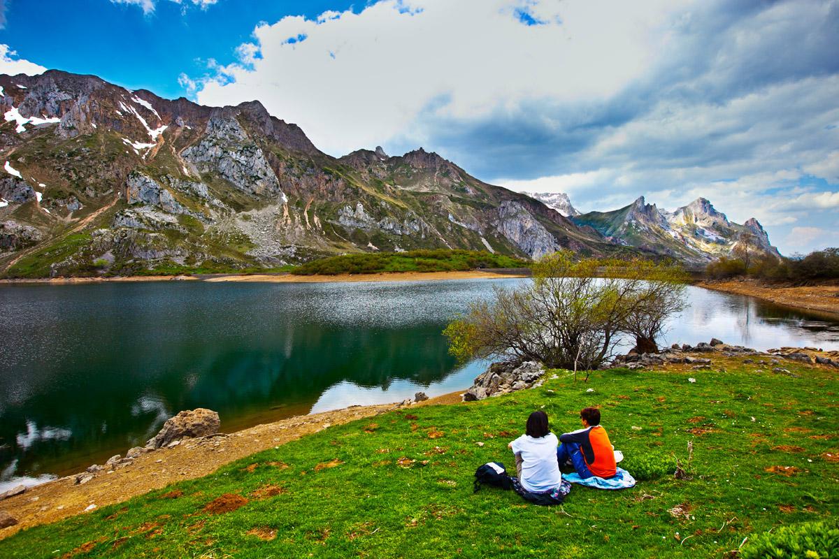 Lago del Valle de Somiedo ©Turismo-Asturias/Gonzalo Azumendi