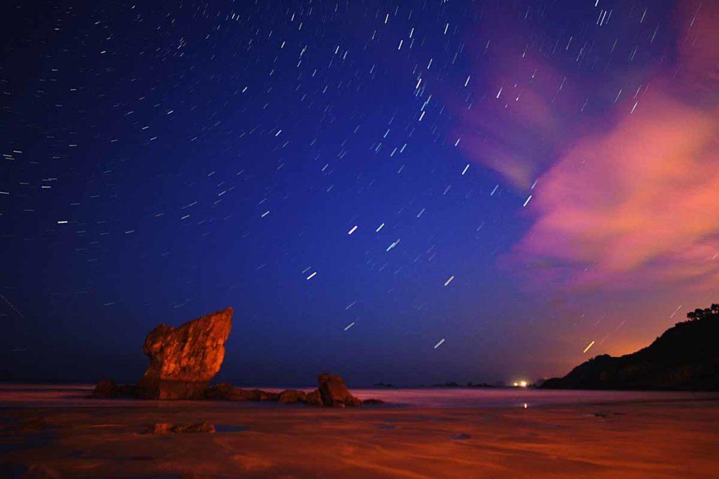 estrellas desde una playa de Asturias